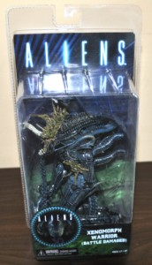 ALIEN WARRIOR Battle Damaged figurka 23 cm