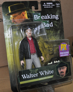 WALTER WHITE figurka 16 cm BREAKING BAD MEZCO